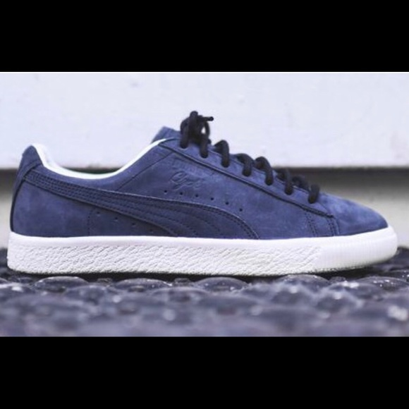 new style 644b9 97a20 Kith Puma Clyde Frosted Navy / White Suede 10.5